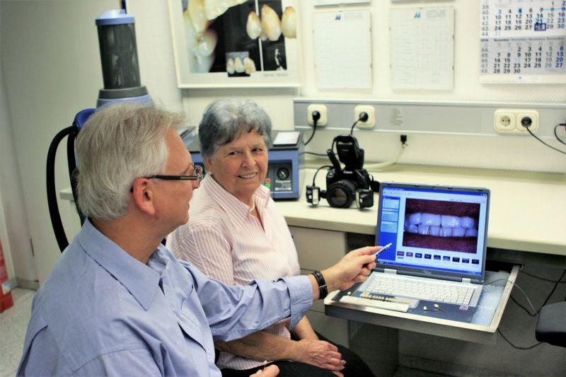 Persönliche Patienteninformation durch Manfred Horn.